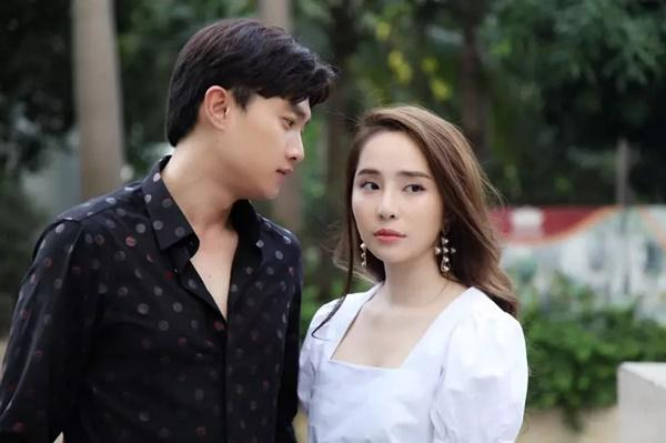 Những mỹ nhân mặt xinh nhưng diễn như hạch của phim Việt-10