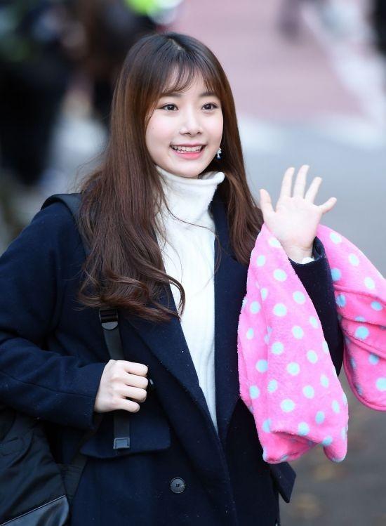 Chaewon APRIL tố ngược Hyun Joo giả tạo, tự dựng chuyện bắt nạt-6