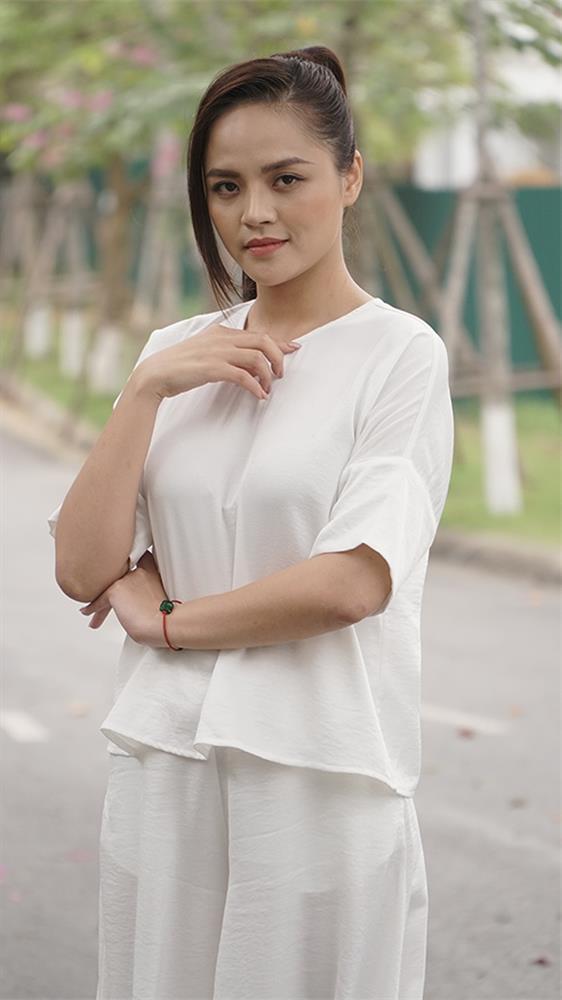 Thu Quỳnh Hương Vị Tình Thân bị chê làm tóc như... phim kiếm hiệp-21