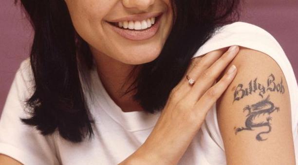 Tất tần tật ý nghĩa của gần 20 hình xăm trên cơ thể Angelina Jolie-17