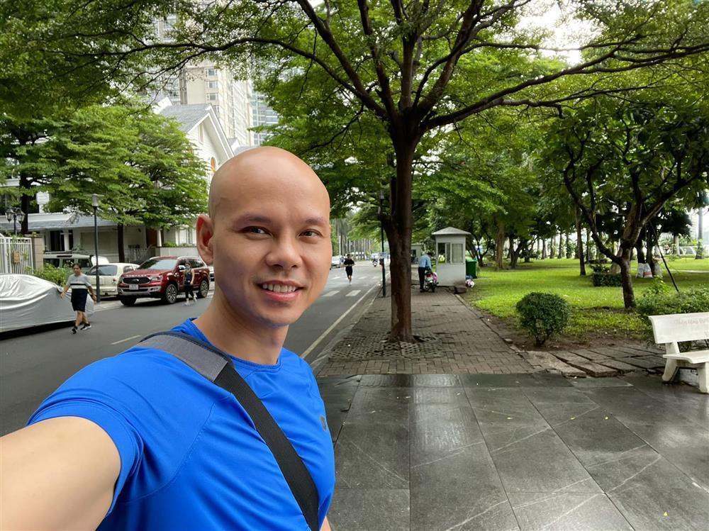 Sự thật bức ảnh Phan Đinh Tùng được Võ Hoàng Yên chữa bệnh-2