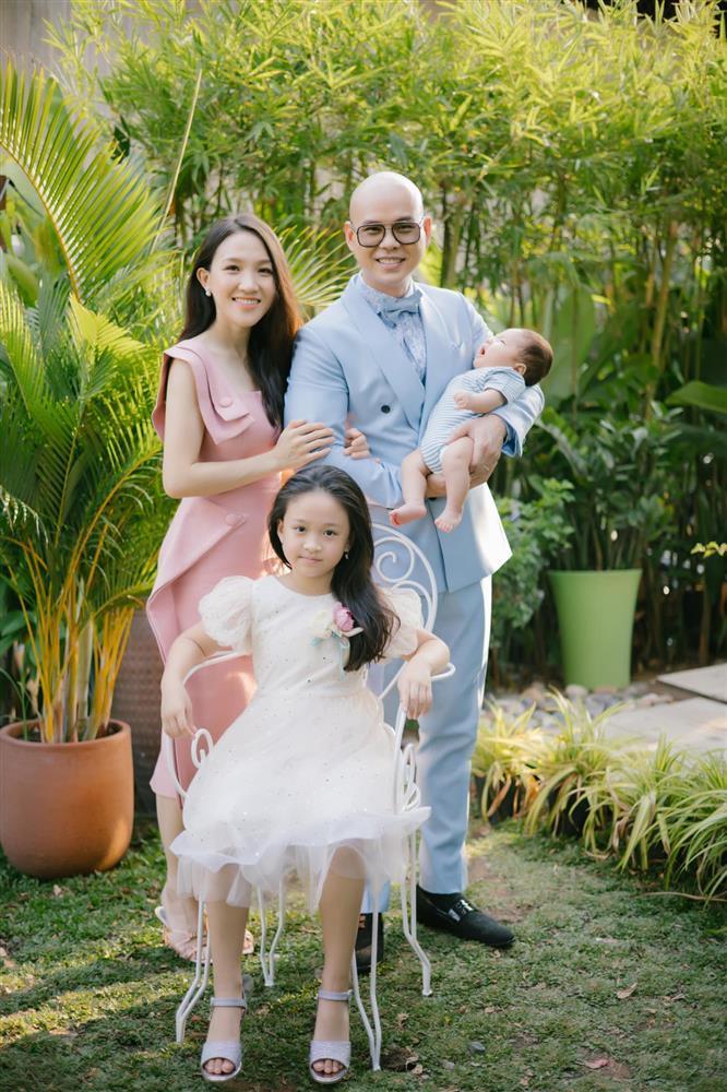 Sự thật bức ảnh Phan Đinh Tùng được Võ Hoàng Yên chữa bệnh-4