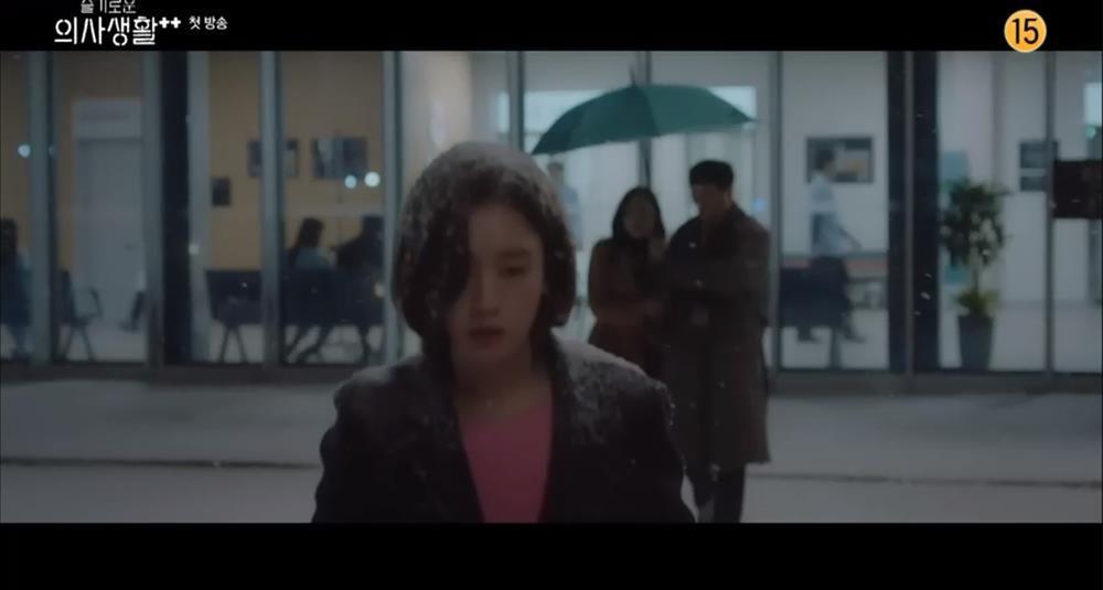 Ngay tập đầu, Hospital Playlist 2 đã tiết lộ ba bí mật quan trọng còn dang dở ở phần 1-5