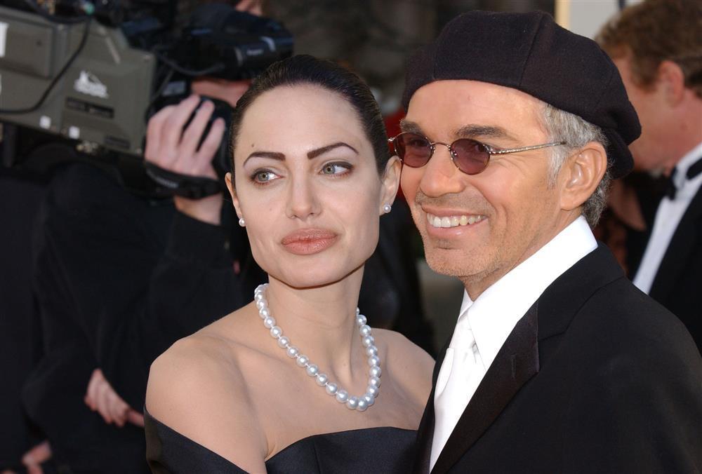 Ai là người đàn ông quan trọng nhất trong đời Angelina Jolie?-2