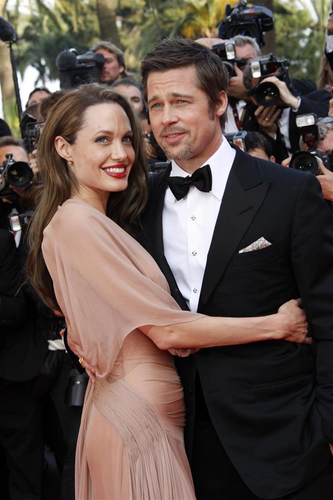 Ai là người đàn ông quan trọng nhất trong đời Angelina Jolie?-3
