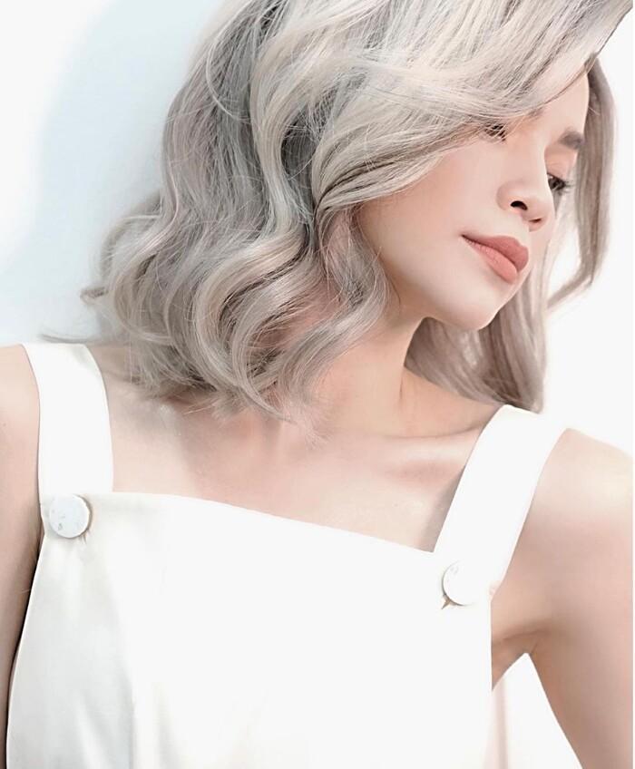Hồ Ngọc Hà khiến fan tưởng mới ốm dậy chỉ vì màu tóc sai quá sai-4