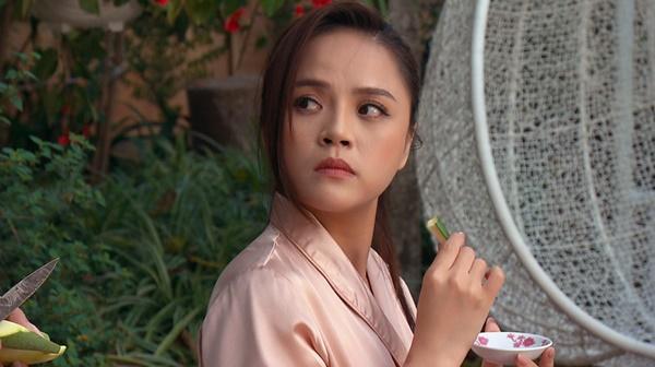 Thu Quỳnh nói gì khi vai diễn trong Hương Vị Tình Thân bị chê giả tạo?-2