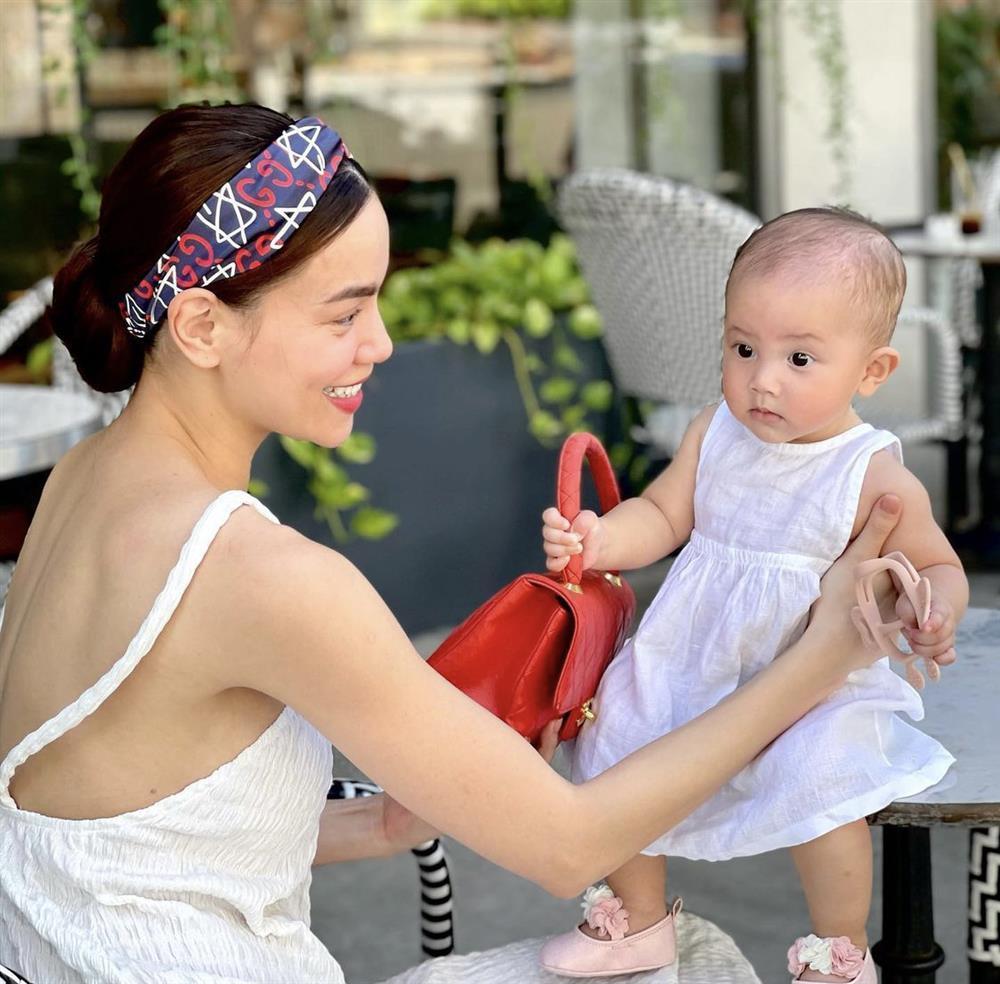 Tiểu công chúa Lisa chiếm spotlight trong bộ ảnh cùng mẹ Hà Hồ-4