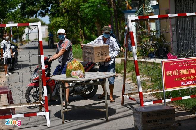 Phường An Lạc ở quận Bình Tân hủy bỏ lệnh phong tỏa-2