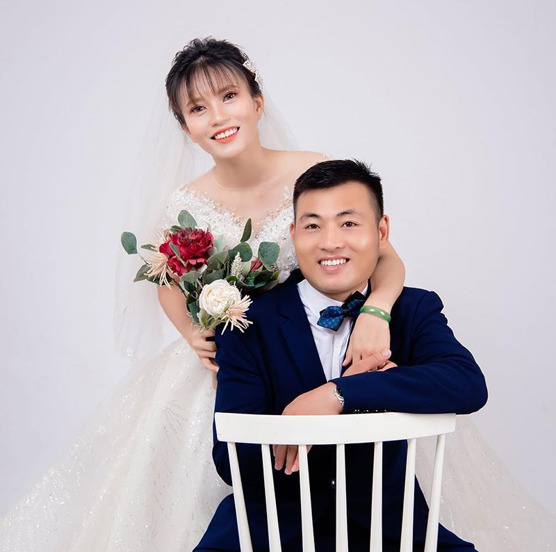Cô dâu xứ Nghệ nói về lễ rước dâu vỏn vẹn 6 người, ảnh không kịp chụp-2