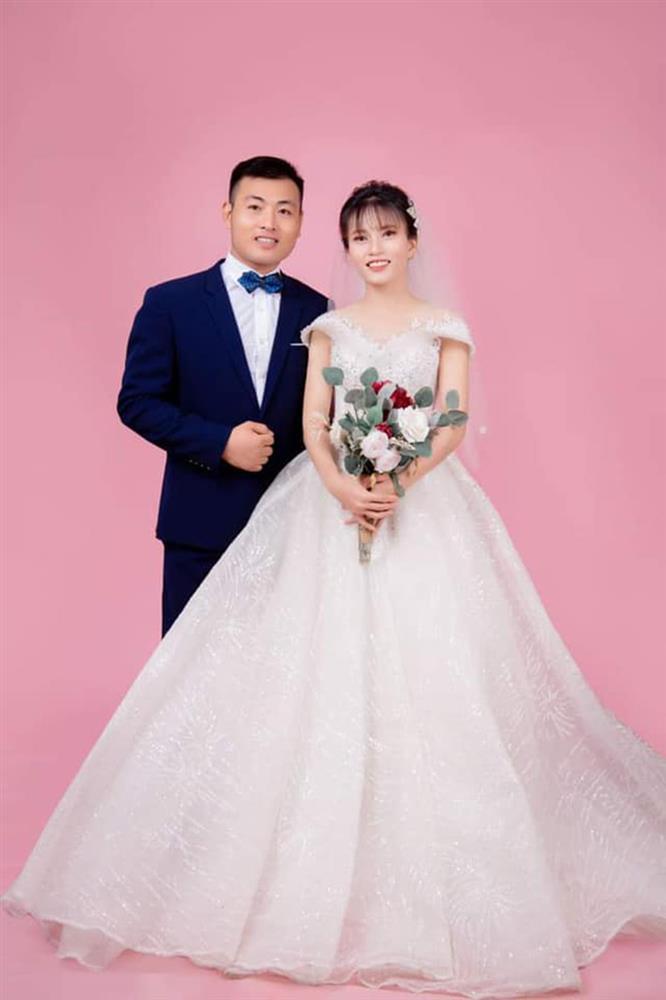 Cô dâu xứ Nghệ nói về lễ rước dâu vỏn vẹn 6 người, ảnh không kịp chụp-5