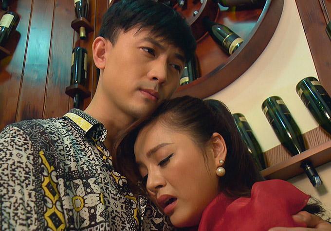 Clip Thu Quỳnh hôn đắm đuối tình cũ của em gái, giải thích vì sao có bầu-2