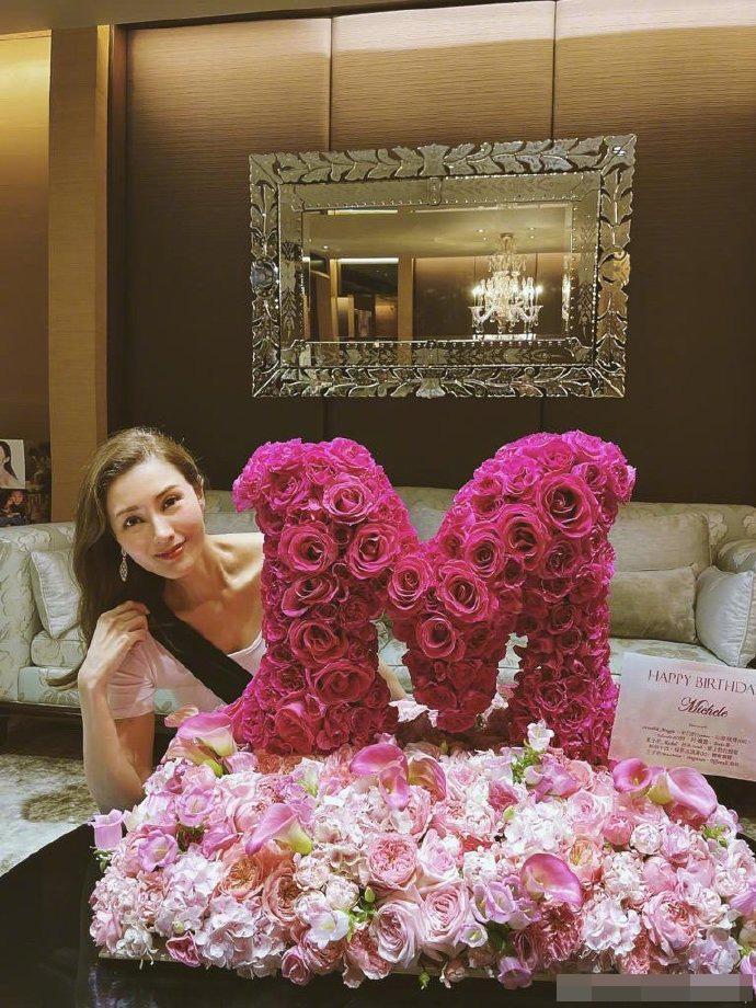 Hoa hậu Lý Gia Hân đón tuổi 51, vẫn nghiêng nước nghiêng thành-1
