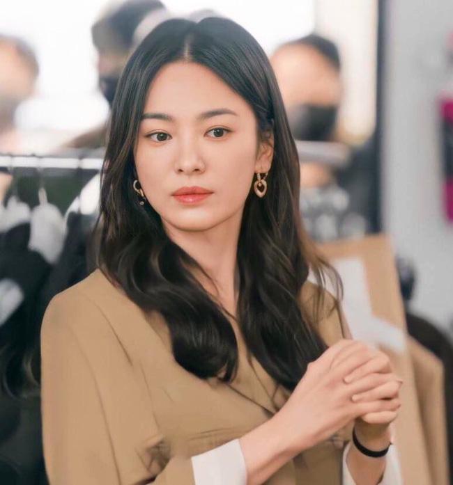 MV Song Hye Kyo và Song Seung Hun đóng chính hot trở lại sau 20 năm-5