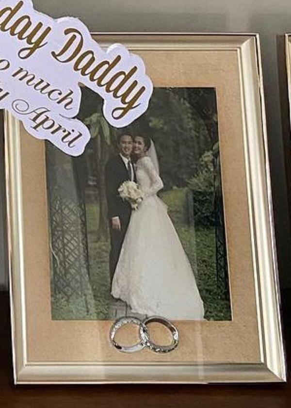 Khoe quà Ngày của Cha, Louis Nguyễn lộ ảnh cưới bí mật-2