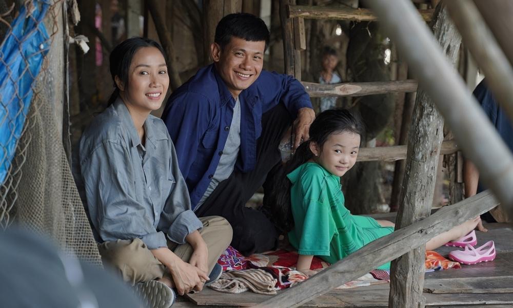 Những người cha tạo nên cơn sốt phòng vé của điện ảnh Việt-10