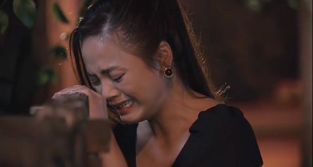 Hương Vị Tình Thân: Khán giả cầu xin Khánh Thy ngừng khóc vì quá tiền đình-2