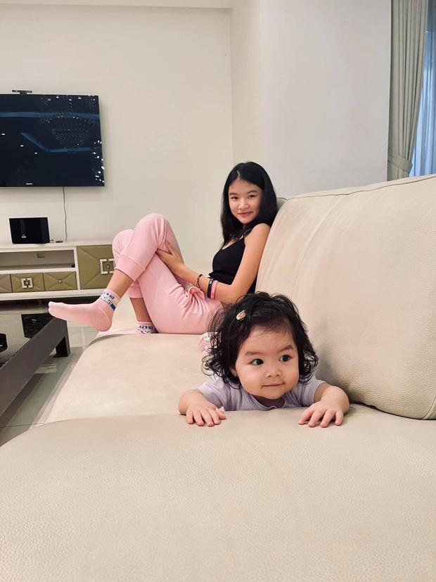Trần Bảo Sơn lần đầu tung ảnh con gái lớn và em cùng cha khác mẹ-3