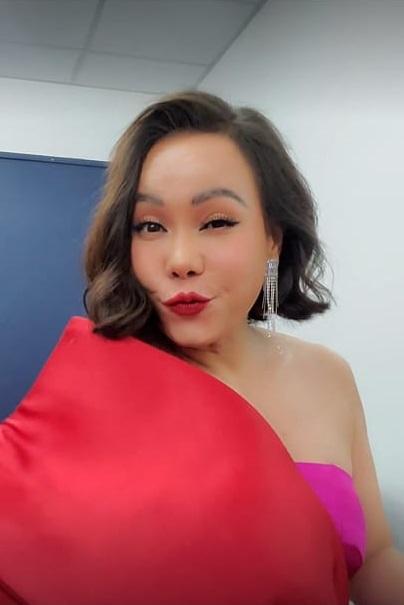 Việt Hương bị chê xấu mà không biết mình xấu, muốn ói-1