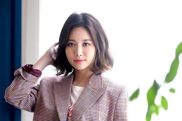 Vừa cặp kè Han So Hee, Song Kang lại nên duyên cùng đàn chị Park Min Young-6