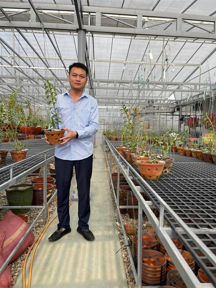 8X nghèo sưu tầm, nhân giống được vườn lan quý 450m2 ở Phú Thọ-1