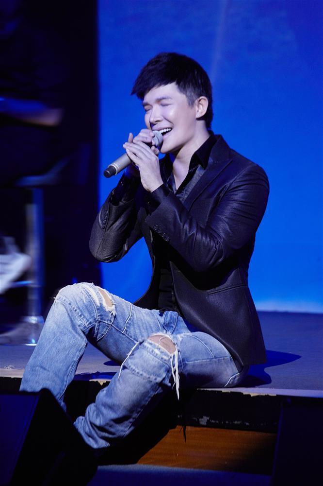 Việc Nathan Lee lần đầu làm sau 13 năm đi hát