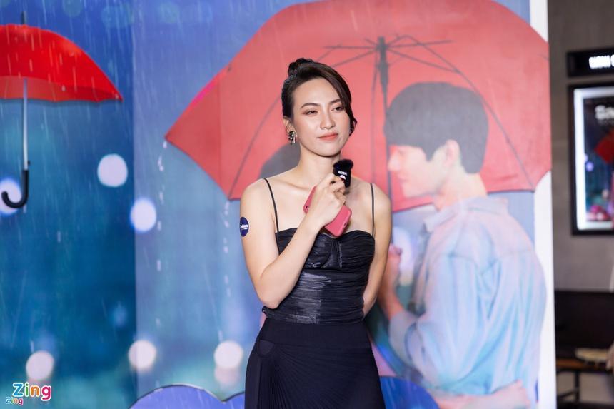 Nữ diễn viên Phương Anh Đào phẫu thuật u tuyến giáp-1