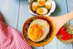 Trứng ngâm tương mát lạnh cho mâm cơm hè