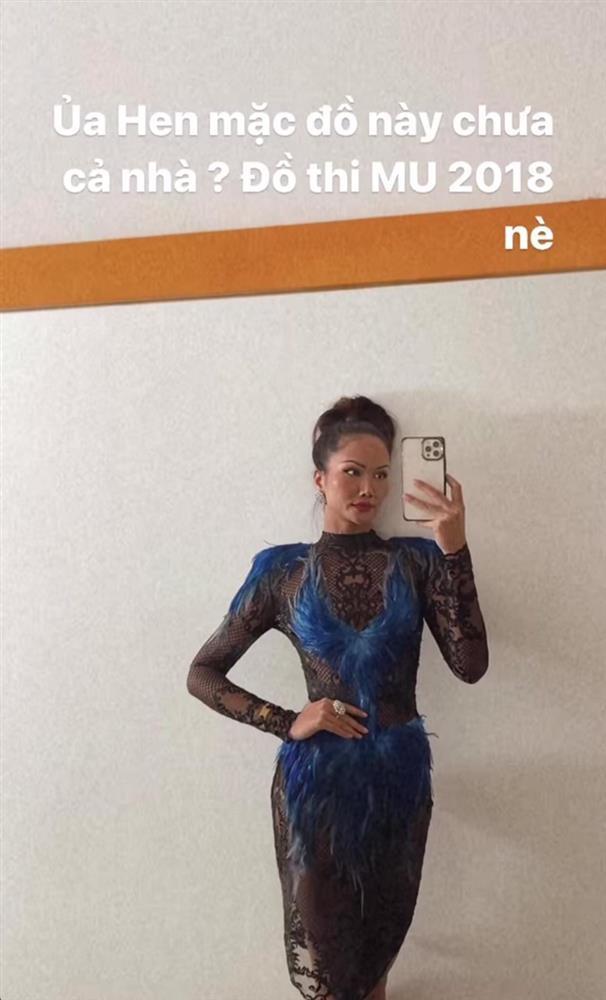 Hé lộ váy chưa diện ở Miss Universe 2018, HHen Niê bị chê như kiều nữ phòng trà-2