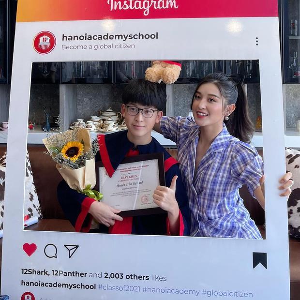 Em trai Á hậu Huyền My học trường quốc tế học phí khủng, thành tích học đáng nể-4