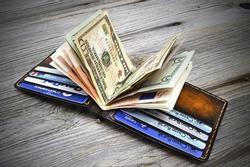 Mệnh gì mang vật ấy trong ví, chắc chắn sẽ giàu sang phú quý khó ai sánh kịp