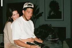 Kendall Jenner xác nhận hẹn hò cầu thủ bóng rổ