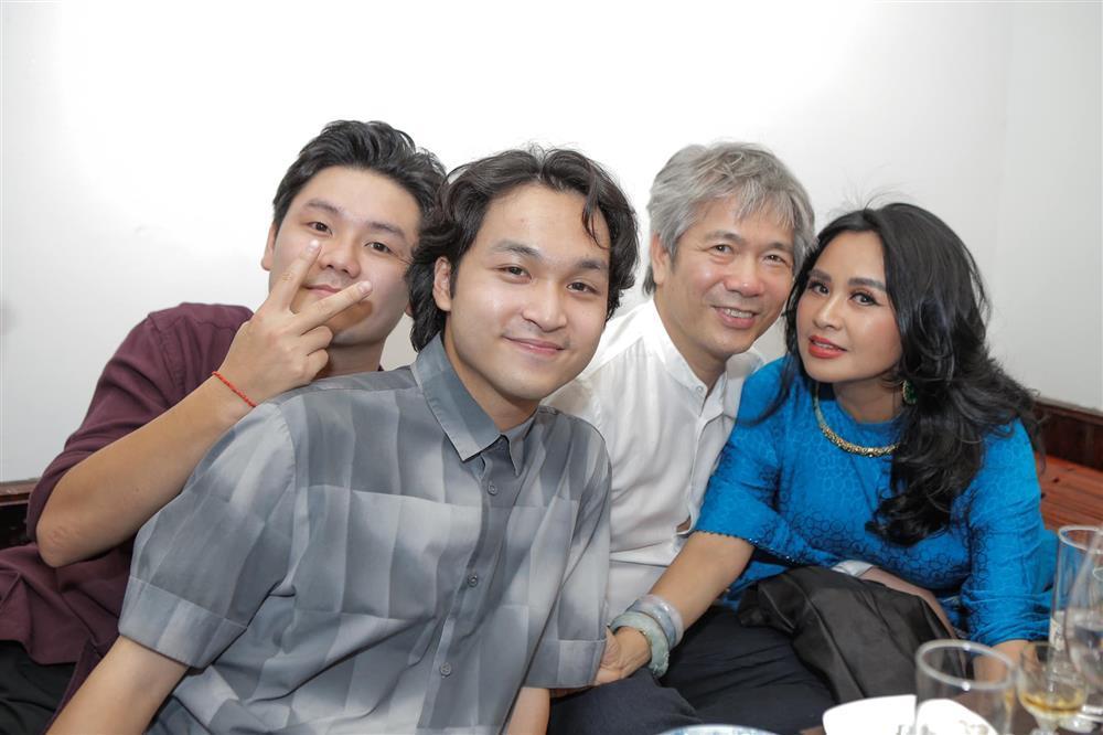 Diva Thanh Lam tái hôn với bạn trai bác sĩ?-9