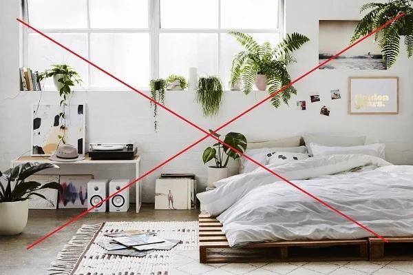 Đầu giường đặt 5 thứ dễ gây đau ốm, hao tài tán của, vợ chồng cãi vã chia ly-1