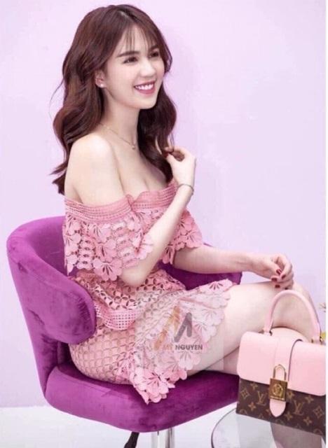 Ngọc Trinh - Lily Chen đụng từ siêu xe đến túi Hermès, còn bị nghi chung bồ-19
