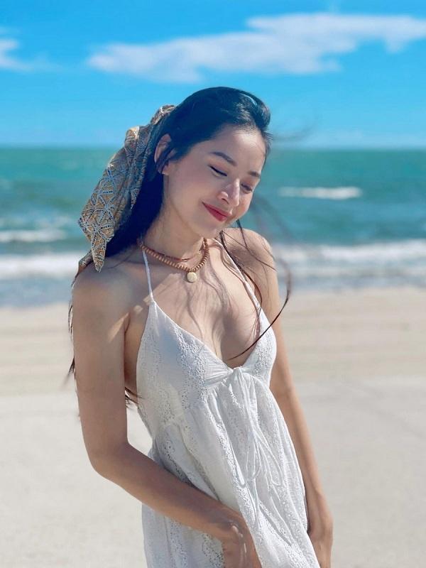 5 người đẹp Việt sở hữu khuôn mặt tỷ lệ vàng bao người ao ước-11