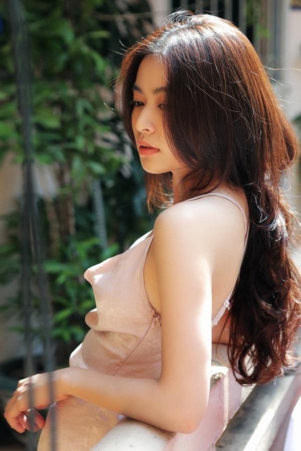 5 người đẹp Việt sở hữu khuôn mặt tỷ lệ vàng bao người ao ước-5
