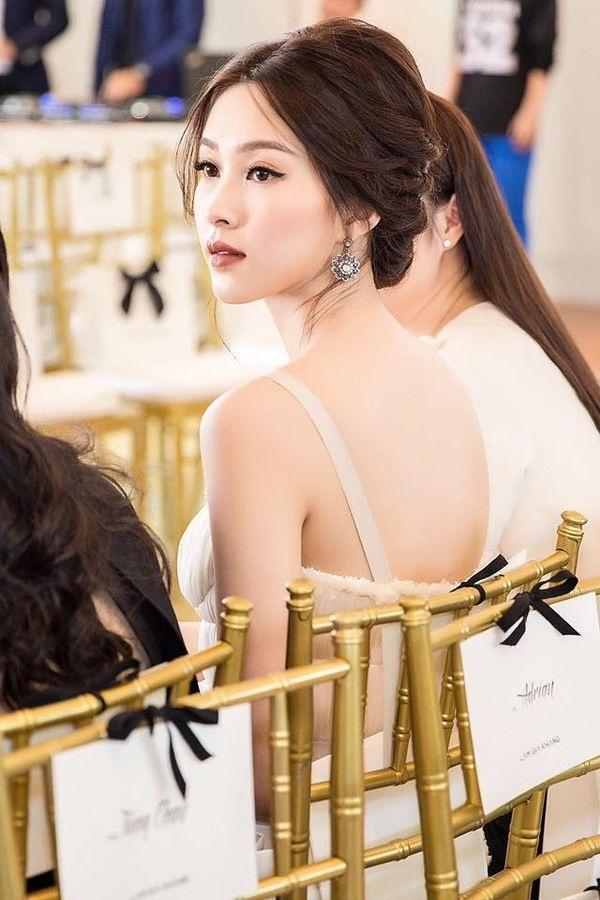 5 người đẹp Việt sở hữu khuôn mặt tỷ lệ vàng bao người ao ước-8