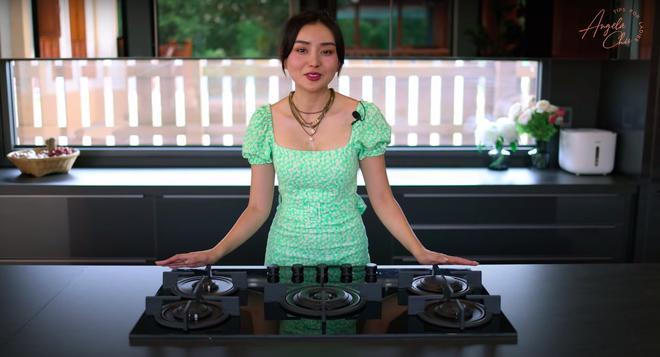Angela Chu được chồng tỷ phú tặng bếp 3,7 tỷ trong villa 10 triệu đô-9