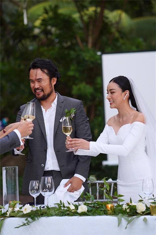 Angela Chu được chồng tỷ phú tặng bếp 3,7 tỷ trong villa 10 triệu đô-2