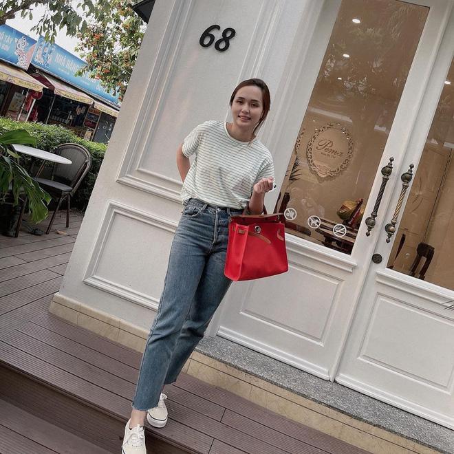 Ái nữ cựu chủ tịch CLB Sài Gòn lên đồ sang chảnh, xách túi Hermes 80 triệu-2