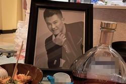 Bạn thân hoài niệm quá khứ 'muốn khùng' vì Vân Quang Long