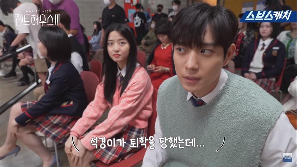 Hậu trường Penthouse 3 tập 3: Dượng Tê thương nhớ Shim Soo Ryeon từ phim ra đời-6