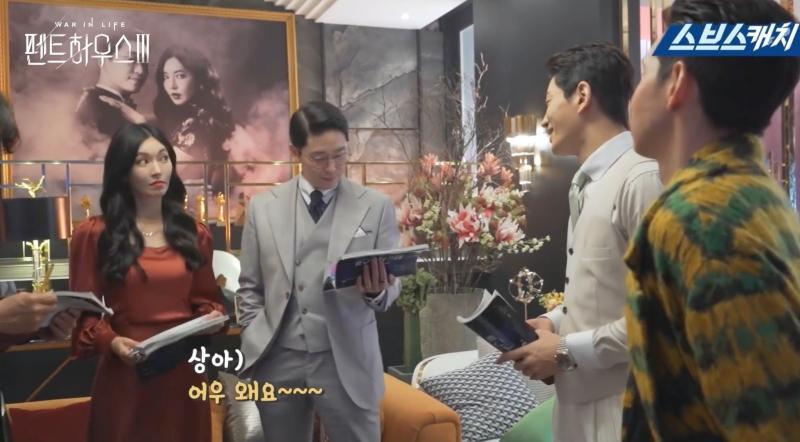 Hậu trường Penthouse 3 tập 3: Dượng Tê thương nhớ Shim Soo Ryeon từ phim ra đời-7