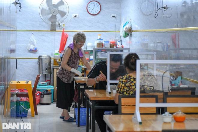 Hoạt động nào ở Hà Nội được đề xuất nới lỏng trong thời gian tới?-1