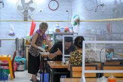 Hoạt động nào ở Hà Nội được đề xuất nới lỏng trong thời gian tới?