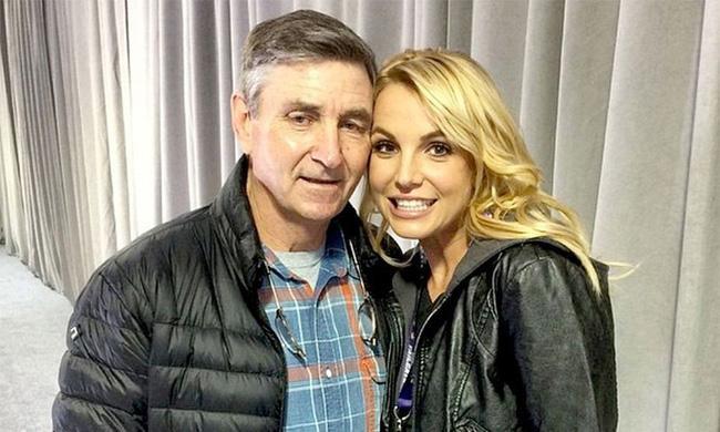 Chấn động: Công bố tài liệu về cuộc sống bị kiểm soát của Britney Spears-1