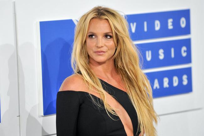 Chấn động: Công bố tài liệu về cuộc sống bị kiểm soát của Britney Spears-2