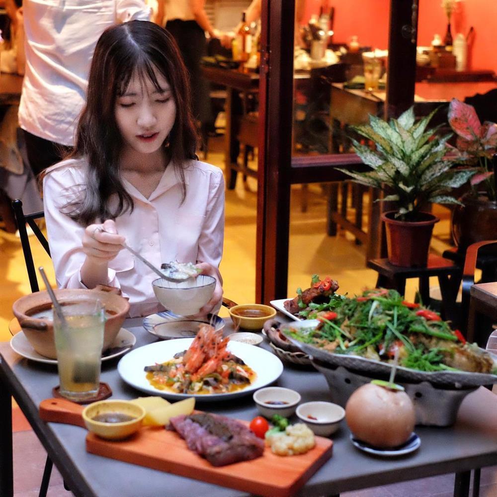 Cô gái đòi bạn trai cho tiền đầu tư hóa ra là Food blogger nổi tiếng-4