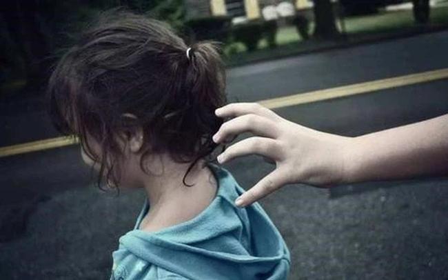 Kịp thời giải cứu 6 bé gái trong đường dây buôn bán trẻ em, trước khi bị đẩy tới các cơ sở karaoke, massage-1